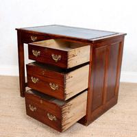 Edwardian Oak Pedestal Writing Desk (3 of 12)
