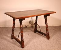 Spanish Table from the 16th Century in Walnut (8 of 13)