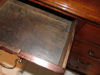 Small George III Cuban Mahogany Chest of Drawers (5 of 8)