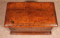 Small Spanish Chest in Walnut 17th Century (9 of 10)