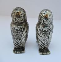 Charming Pair of Victorian EPNS Owl Pepperettes (6 of 9)