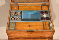 18th Century Satinwood Embroidery / Sewing Box (5 of 7)