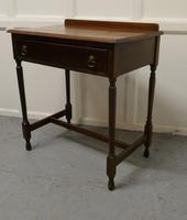 Good 19th Century Oak Writing Table (2 of 4)