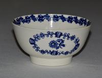 18th Century Liverpool John Pennington Porcelain Bowl - Bud & Flower Spray