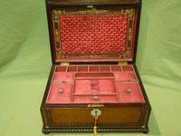 QUALITY Inlaid Rosewood & Amboyna Jewellery – Work Box. c1840 (15 of 16)