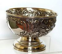 Small Edwardian Silver Bowl with Scrolls & Flowerheads - Birmingham 1909 (2 of 4)