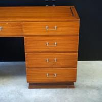 First Class Cabin Dressing Table from RMS Windsor Castle – Asymmetric (2 of 6)