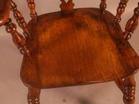 Very Good 19th Century Broad Arm Yew Windsor Chair (10 of 10)