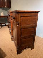 Oak Dresser Base (5 of 6)