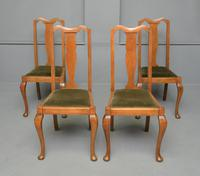 Set of Four 1920s Queen Anne Style Walnut Dining Chairs (15 of 16)