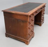 Victorian Oak Kneehole Desk (4 of 6)