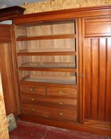 1920s Large 3 Door Mirrored Walnut Wardrobe (2 of 4)