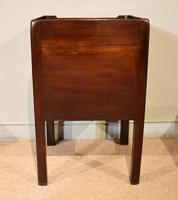 Late 18th Century Mahogany Bedside Cabinet (7 of 7)