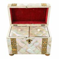 Mother of Pearl Tea Caddy (4 of 8)