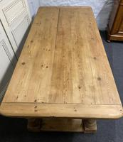 Pine Farmhouse Dining Table (16 of 17)