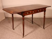 Early 19th Century Writing Desk in Mahogany with Flaps (5 of 13)