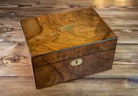 Figured Walnut Table Box c.1880 (9 of 9)