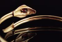 Vintage 9ct Gold Snake Bangle, Garnet (4 of 13)