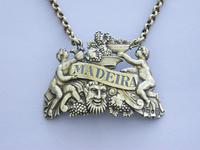 "George III Cast Silver Gilt ""Two Putti"" Wine Label 'Madeira' (10 of 10)"