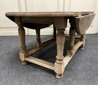 Large Bleached Oak Coffee Table (8 of 11)