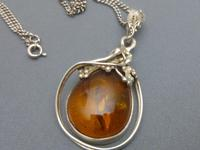 Sterling Silver & Amber Pendant & Chain (6 of 6)
