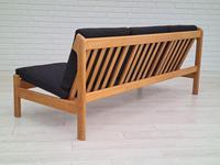 Danish Design by Børge Mogensen, Sofa Model 217, Completely Reupholstered 1970s, Furniture Wool, Oak (7 of 13)