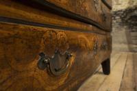 18th Century Italian Piemonte Walnut Serpentine Bureau (13 of 14)