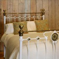 Late Victorian Brass & Cast Iron Antique Bed in Cream (2 of 5)