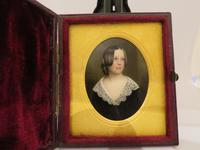 Miniature Portrait Victorian Beauty In original Travel Case (4 of 7)