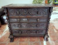 Carved Italian Walnut Chest of Drawers 5 Drawers 1760 (10 of 10)