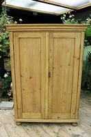 Gorgeous Old Pine 2 Door Cupboard with Shelves - Linen/ Larder/ Storage/ Food/ Wardrobe (6 of 10)