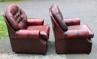 1960s Pair of Chesterfield Red Leather Highback Buttoned Armchairs (3 of 3)