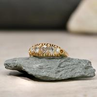 The Vintage 1930s Five Diamond Claw Set Ring (4 of 4)