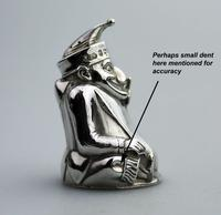 A Rare & Fine Solid Silver Novelty Mr Punch Pepper Shaker William Sparrow C.1903 (7 of 8)