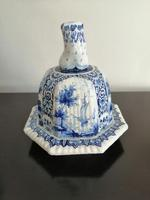 Imposing 19th Century Dutch Delft Blue & White Vase & Cover (9 of 15)