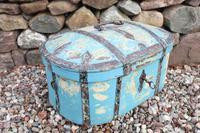 Scandinavian / Swedish 'Folk Art' Travel chest in blue paint and ironwork, 18th Century (4 of 37)