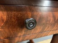 Splendid 19th Century Mahogany Sofa Table (5 of 22)