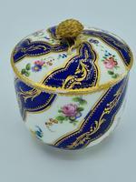 Vincennes Sèvres 18th Century Porcelain Sugar Bowl (6 of 9)