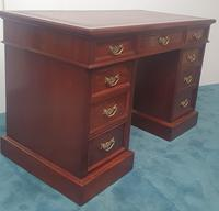 19th Century Mahogany Leather Topped Desk (2 of 3)