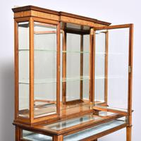 Sheraton Style Display Cabinet (9 of 12)