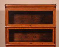 Globe Wernicke Oak Bookcase of Three Elements (3 of 12)