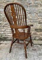Pair of Antique Broad Arm Windsor Chairs (13 of 28)