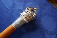 Malacca Walking  Cane with Sliver Crown Pommel by J Wippell & Co Ltd 1916 (6 of 11)
