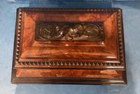Victorian Burr Cedar & Ebony Shaped Tea Caddy (11 of 20)