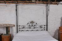 Beautiful Victorian King Size Half Tester Bed by Winfield (5 of 12)