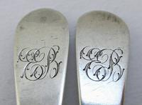 Pair of Antique George III Solid Sterling Silver Georgian Tea Spoons, Old English, Peter & Ann Bateman 1793 (6 of 7)