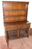 1960s Carved Golden Oak Dresser with Display Rack (4 of 6)