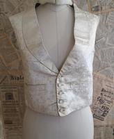 Antique Victorian Ivory Colour Silk Waistcoat (2 of 12)