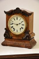 W&H Walnut Bracket / Mantel Clock (3 of 4)