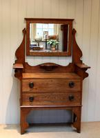 Solid Oak Arts And Crafts Chest (7 of 9)